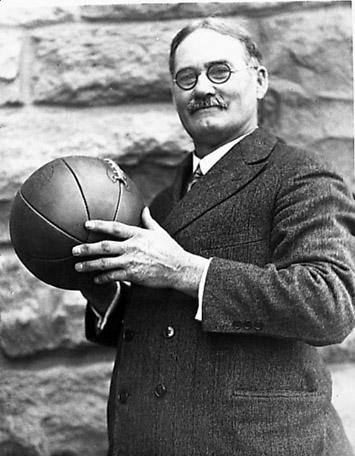 cuales son las posiciones basicas del baloncesto wikipedia