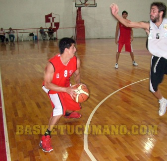 Jorge-Fares-Indep-vs-Union-Oran-11-11-12
