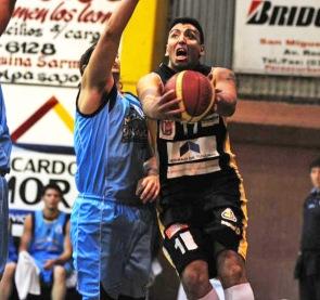 BUSCA SU MEJOR FORMA. Marcos Moreno se recuperó de una seria lesión en la rodilla.