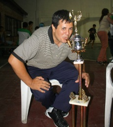 ALEJANDRO MONTENEGRO fue el DT del campeón