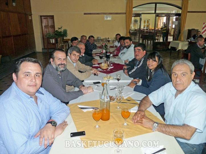 El Intendente de Aguilares, Agustín Fernandez, brindó un almuerzo de camaradería al Interventor de la CABB y a dirigentes del Noroeste Argentino