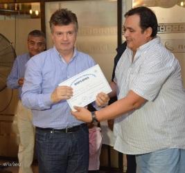 fernando-duro-diploma-federacion-tucumana-2015