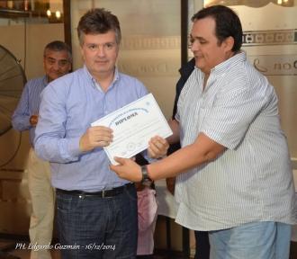 El entrenador Fernando Duró (izq) fue invitado especialmente a la reunión