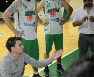 """ENTRENADOR. Sebastián Páez fue asistente de Rodolfo Barrios y ahora dirige al plantel """"verde"""". FOTO DE HÉCTOR PERALTA (LA GACETA"""