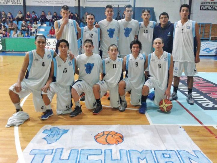 CAMPAÑA ESPECTACULAR. Los chicos el U17 tucumano, entre los mejores cuatro del Argentino. FOTO GENTILEZA Martín Alejandro Vera