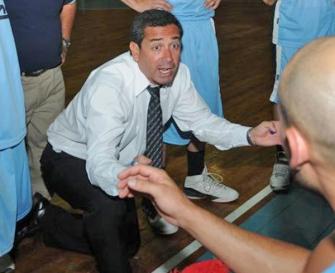 BRONCA. José García siente que el arbitraje perjudicó a Tucumán BB. la gaceta / foto de archivo